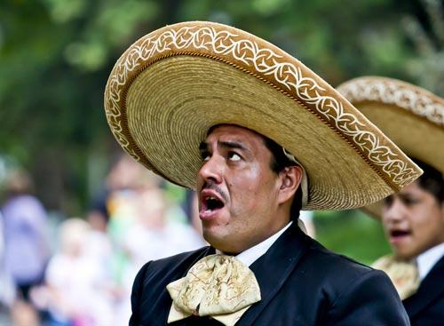 Sombrero หมวก ซอมแบร์โร ภาษาอังกฤษ