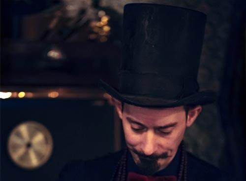 Top-Hat หมวก ทรงสูง ภาษาอังกฤษ