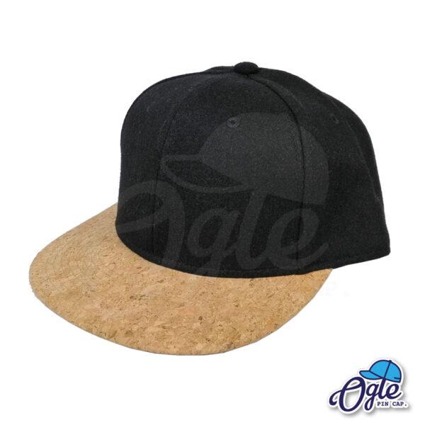 หมวกฮิปฮอป-ผ้ากํามะหยี่-สีดำ-ปีกหมวกหนังลายไม้ก๊อก