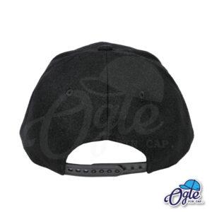 หมวกฮิปฮอป-ผ้ากํามะหยี่-สีดำ-ปีกหมวกหนังลายไม้ก๊อก-ด้านหลัง