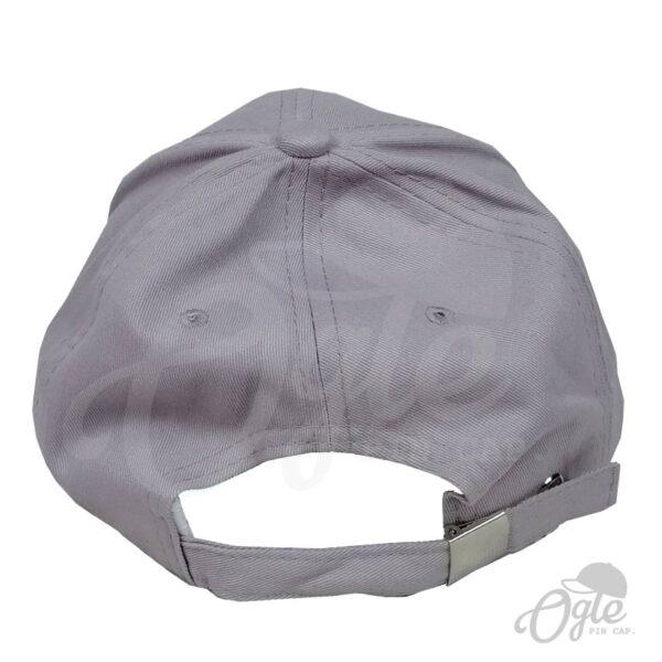 หมวกปักโลโก้-หมวกผ้าพีช-บัคเคิลเหล็ก-ปักโลโก้-PEAxCU-ด้านหลัง