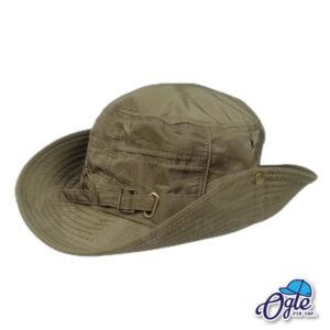 หมวกเดินป่า หมวกปีกกว้าง หมวกปีกรอบ กันแดด หมวกมีเชือก สีเขียว ติดกระดุมปีกหมวก