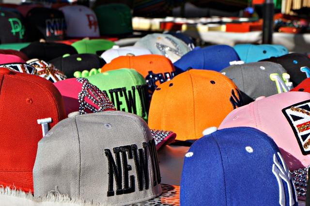 หมวกปักคละสี