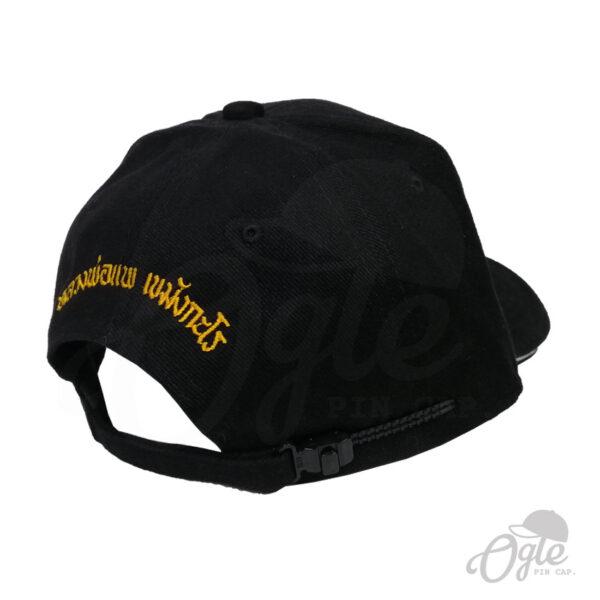 หมวกแก๊ป-ปักยันต์-ปักชื่อด้านหลัง-หมวกผ้าพีช-แซนวิส-หางหมวกรางเลื่อนพลาสติก