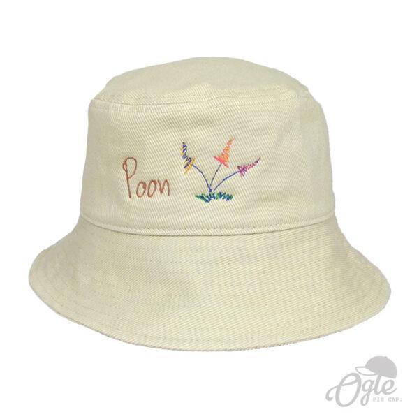 หมวกบักเก็ต-สีครีม-ปักโลโก้-poon-ดอกไม้